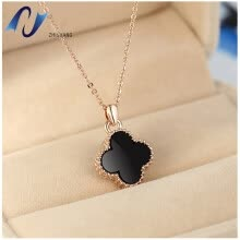 -Four-leaf blade grass necklace female  black Korean jewelry trade fashion accessories titanium steel rose gold short box chain on JD